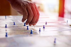 business mapping tool being used to pinpoint manufacturing industry locations